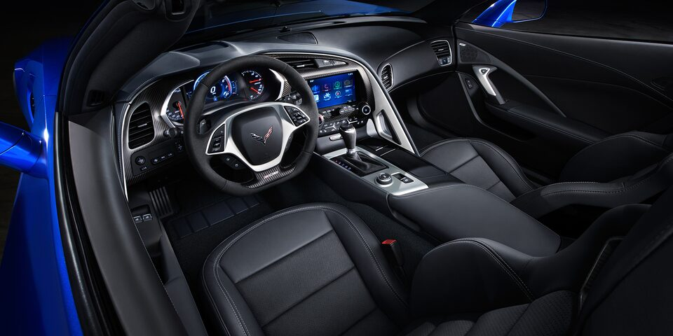 2019 Corvette Z06 Super Car Design: driver cockpit 1