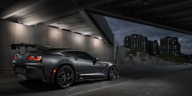 2019 Corvette ZR1 Supercar Exterior Photo: side rear view