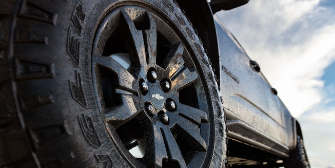 2019 Colorado ZR2 Off Road Truck Design: wheels