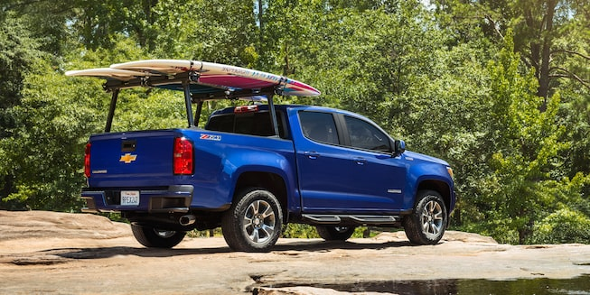 2019 Colorado Mid-Size Truck Exterior Photo: rear cargo rack