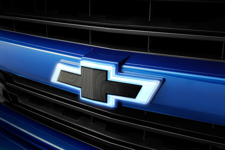 2019 Silverado 1500 Pickup Truck Accessories: Illiuminated badge