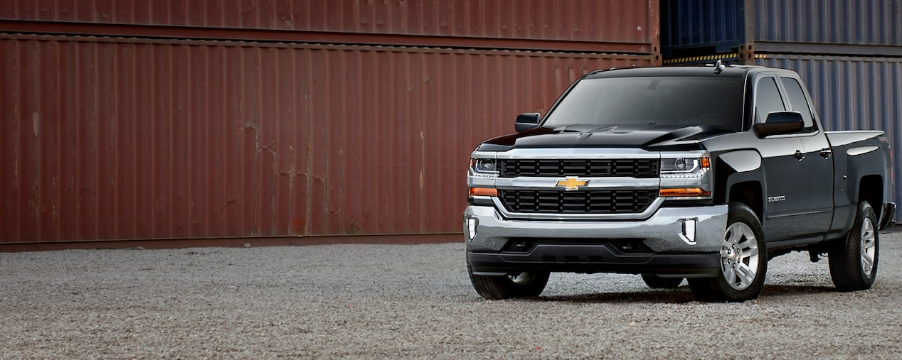 2019 Silverado 1500 Pickup Truck Performance: Front View 2