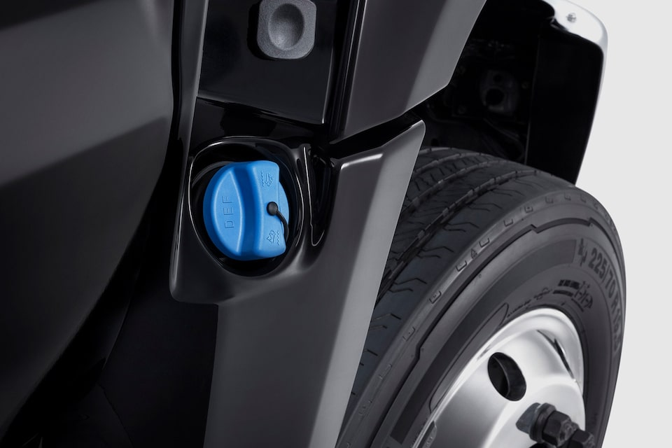 Silverado Chassis Cab: Diesel Exhaust Fluid Fill