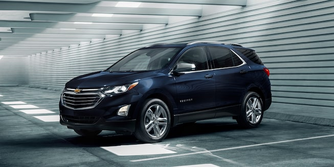 2020 Chevrolet Equinox Small SUV Front Side View