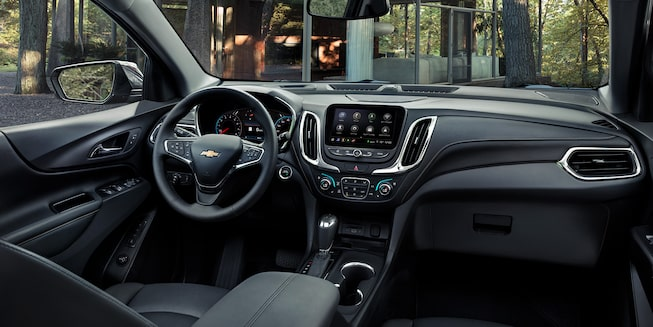 2020 Chevrolet Equinox Small SUV Front Dash View