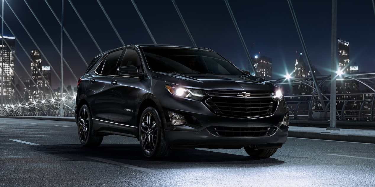 2020 Chevrolet Equinox Midnight Edition Small SUV Side Exterior View
