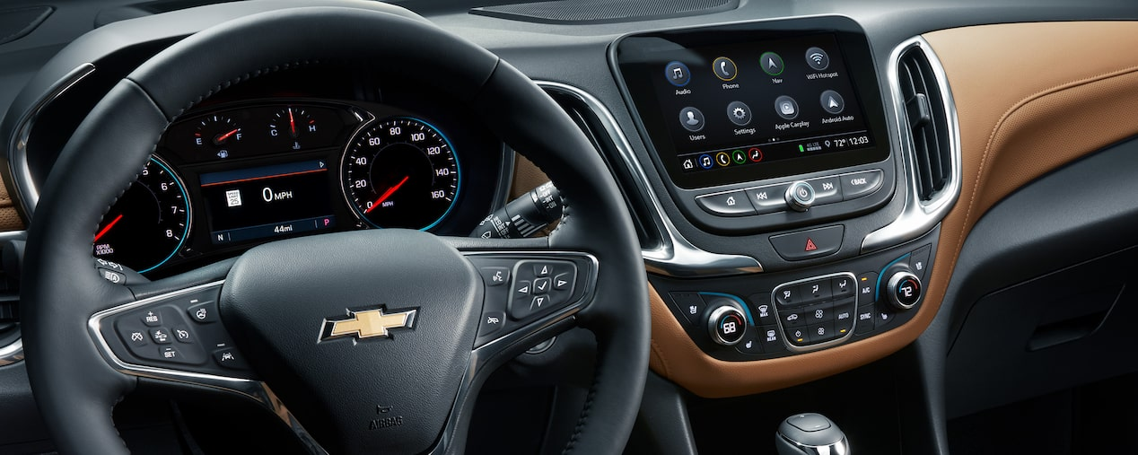 2020 Chevrolet Equinox Small SUV Steering Wheel and Infotainment System