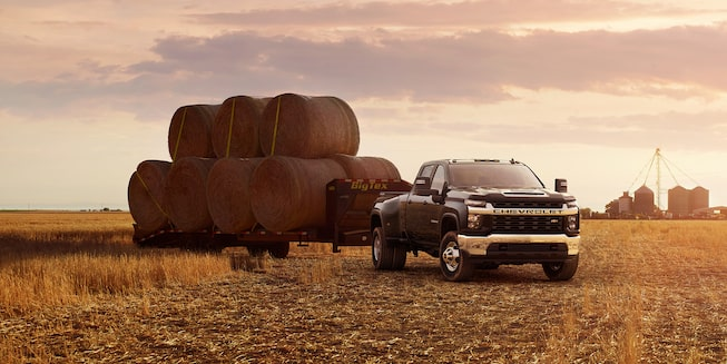 2020 Chevy All-New Silverado HD Truck: towing hay bales