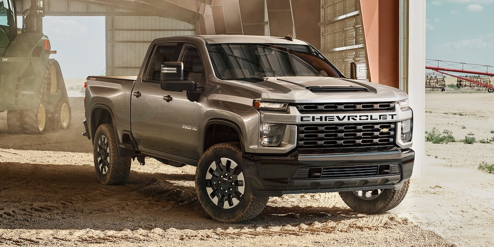 2020 Chevy All-New Silverado HD Truck: passenger side corner shot view