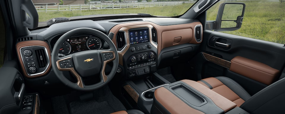 2020 Chevy All-New Silverado HD Truck: interior dashboard