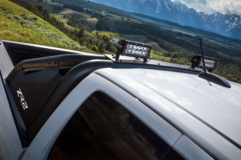 2020 Chevrolet Colorado ZR2 Bison Off-Road Truck roof lights