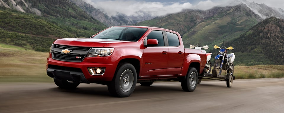 2020 Chevrolet Colorado Mid-Size Truck trailering