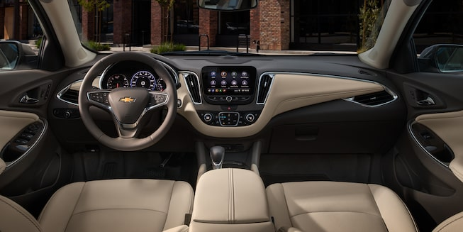 2021 Chevy Malibu Interior Photo: Front Seats