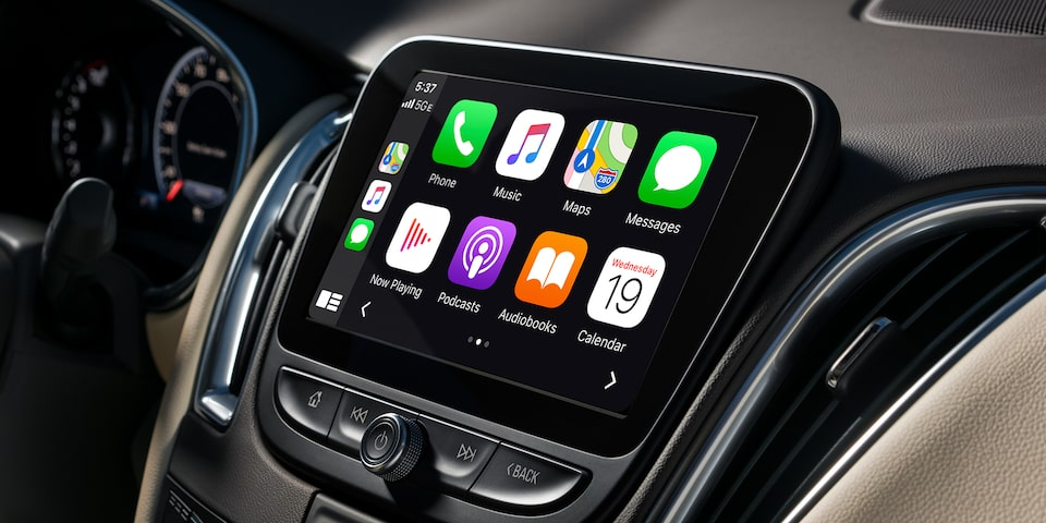2021 Chevy Malibu Technology: Apple CarPlay
