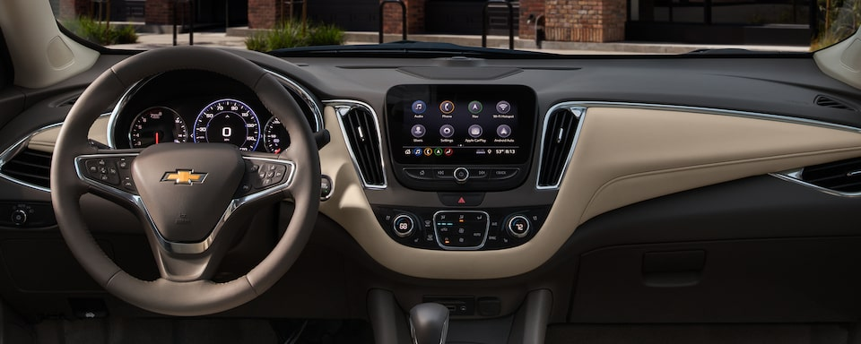 2021 Chevy Malibu Technology: Dashboard