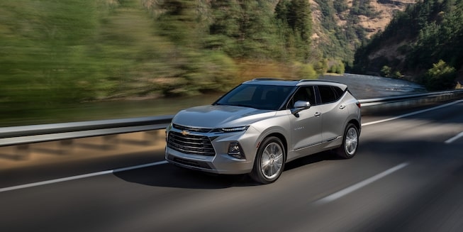 2021 Chevy Blazer Sporty SUV: exterior profile view 3