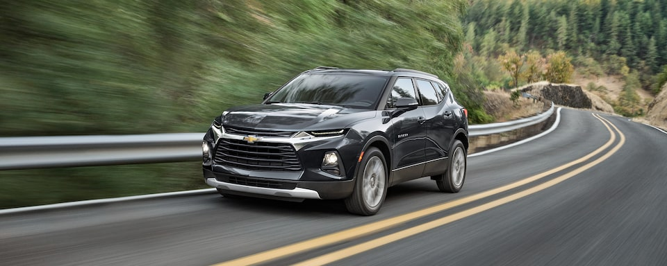 2021 Chevy Blazer Sporty SUV: driving around curved road