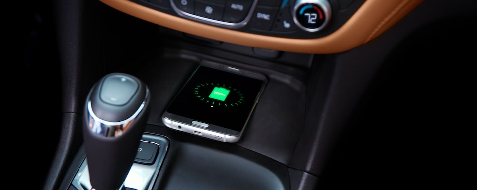 2021 Equinox SUV Wireless Charging Capability