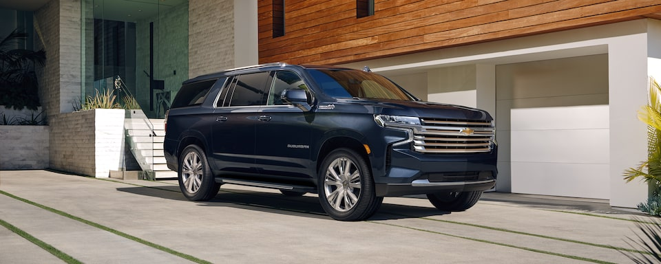 2021 Suburban exterior side profile