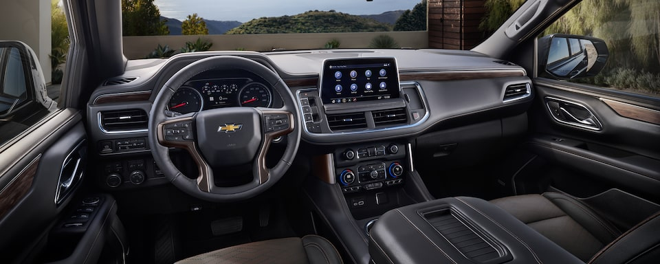 2021 Suburban interior dashboard