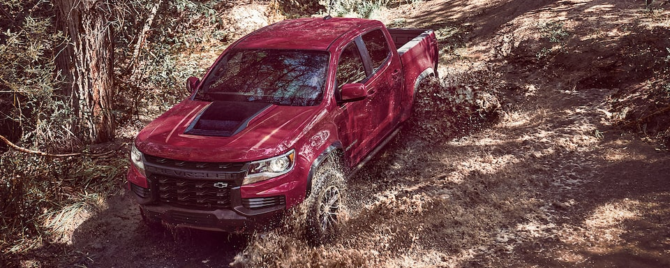 2021 Chevrolet Colorado ZR2 Driving Off-Road Through Mud