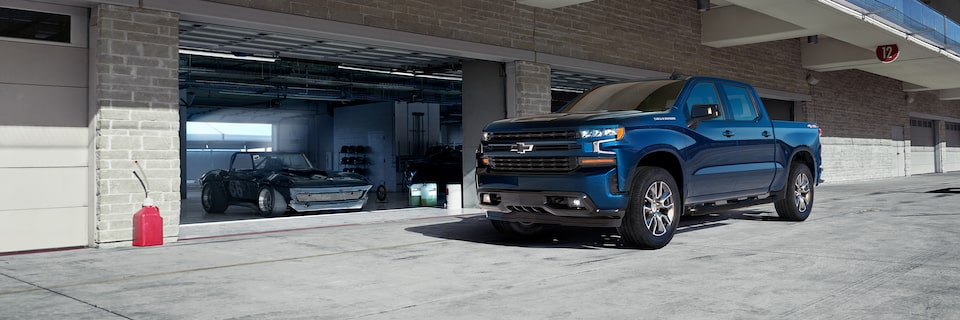 2021 Silverado 1500 RST Pickup Truck Front Angle View